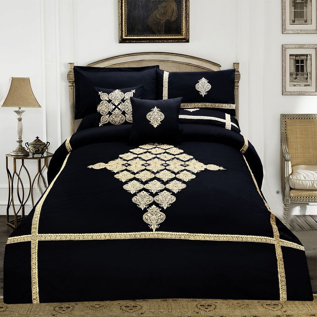 8 pcs Luxury Embroidered Duvet Set Black LED-01
