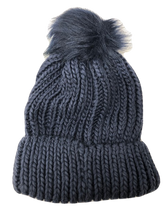 Load image into Gallery viewer, Chunky Knit Bobble Hat Faux Fur Pom Navy - Scattee