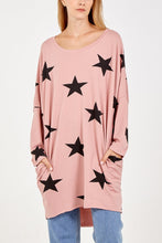 Load image into Gallery viewer, Made In Italy Two Pocket Long Sleeve Oversized Star Top Pink