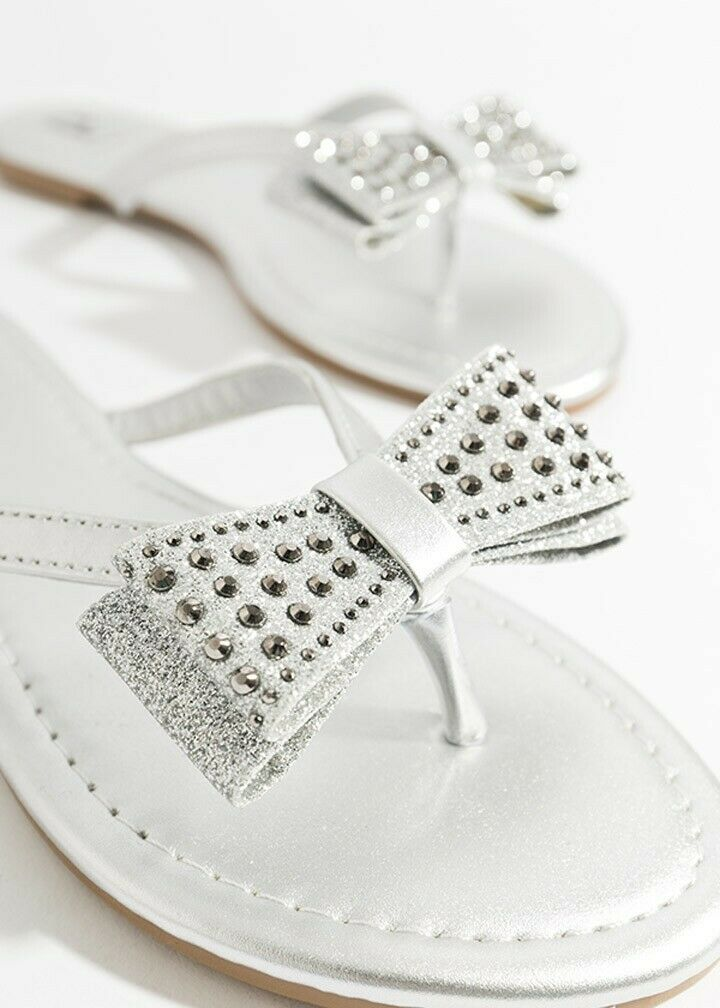 Tanvi Sandal with Bow Embellishment Silver
