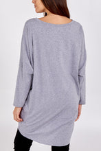 Load image into Gallery viewer, Made In Italy Metallic Heart Two Pocket Top Grey
