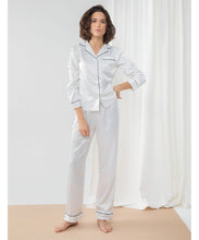 Load image into Gallery viewer, Women's satin long pyjamas White
