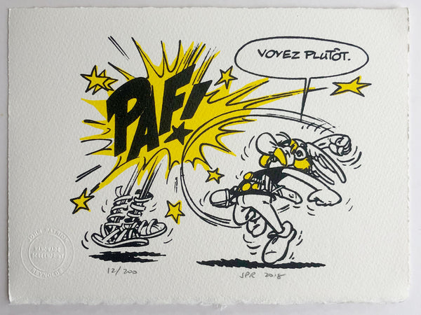 "Asterix Hits A Roman And Says ""Voyez Plutot"""