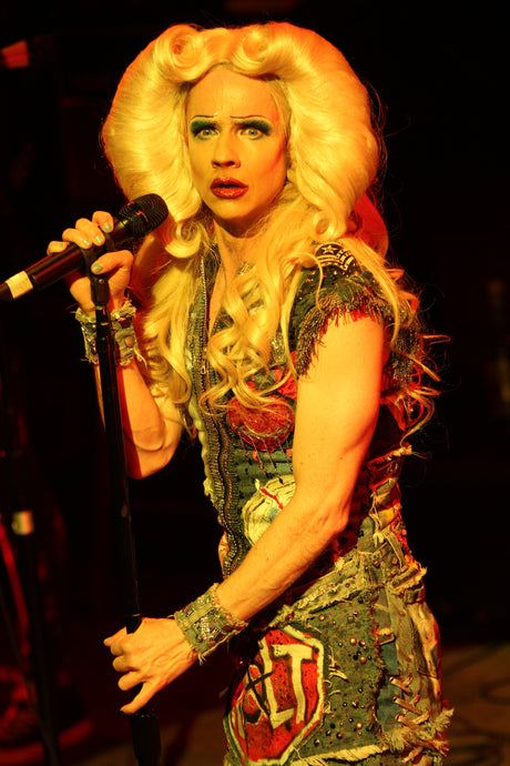 'Tits of Clay' - Hedwig and the Angry Inch