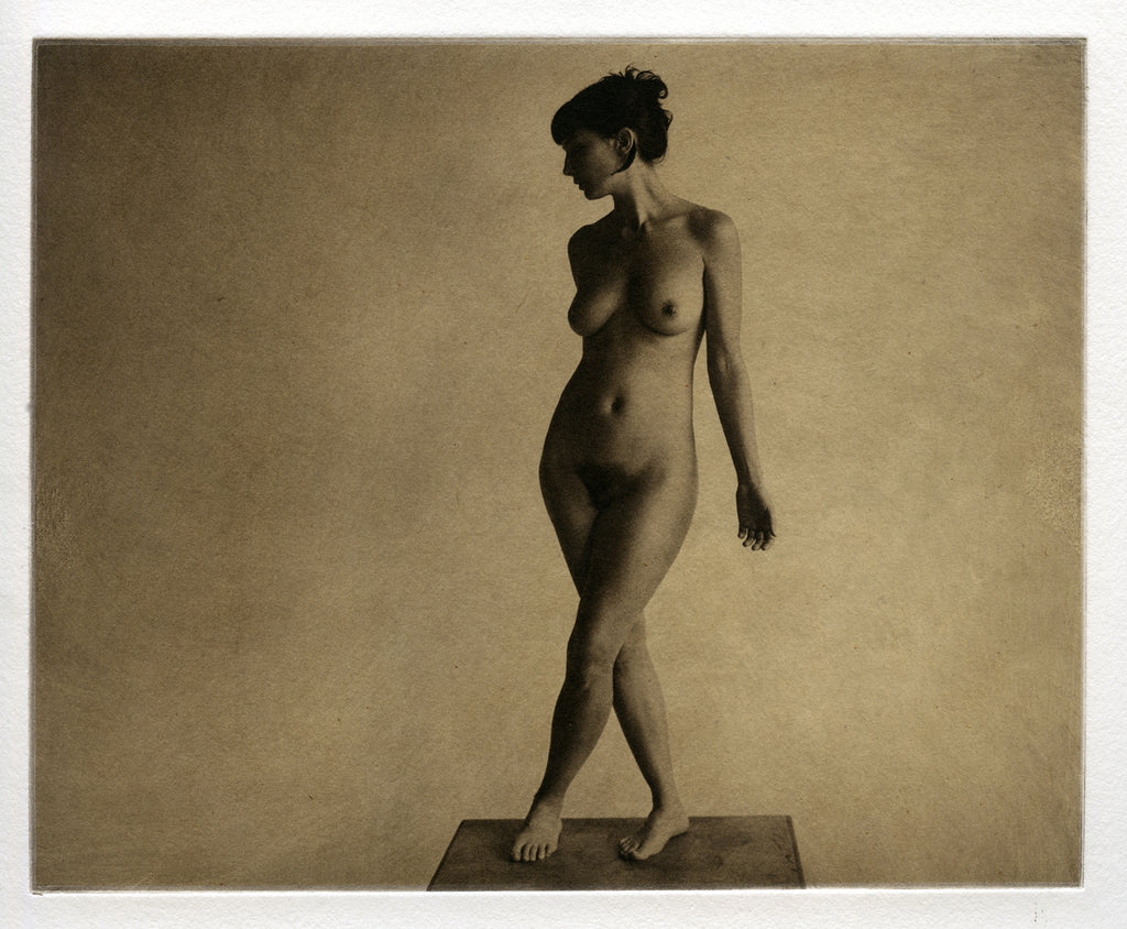 Standing nude   - Polymer photogravure print - Edition 2021