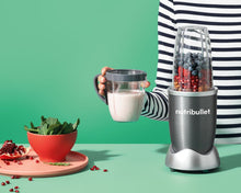 Load image into Gallery viewer, Nutri Bullet  600 W /900 W