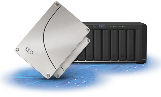 DS2015xs enables the combination of hard drives and SSD cache