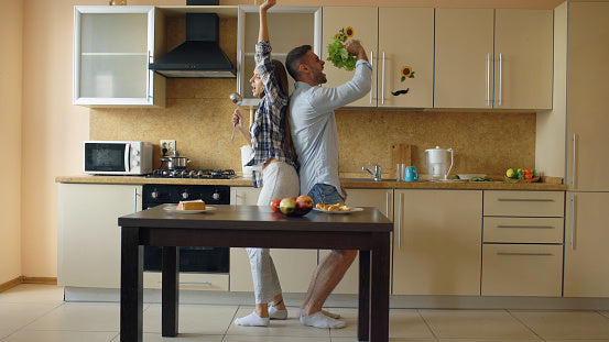 couples photography ideas at home funny