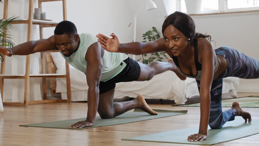 20 Quarantine Date Ideas for Couples at Home Yoga date