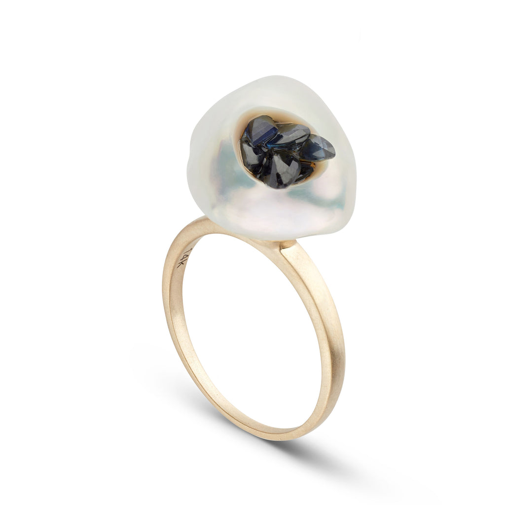 Keshi Pearl Piccolo Point Ring