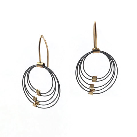 Grad Circle Earrings, Gunmetal/Gold