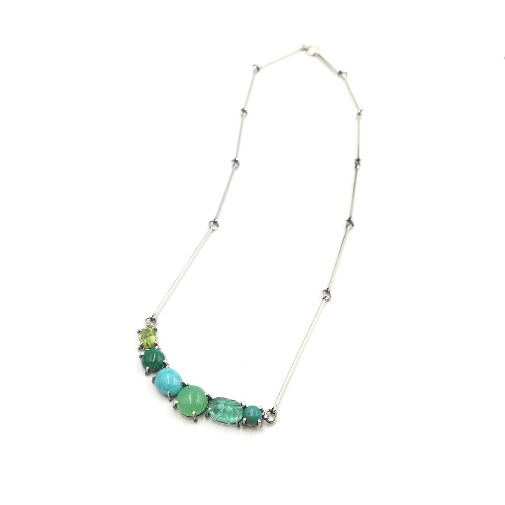 Green Curve Stone Necklace