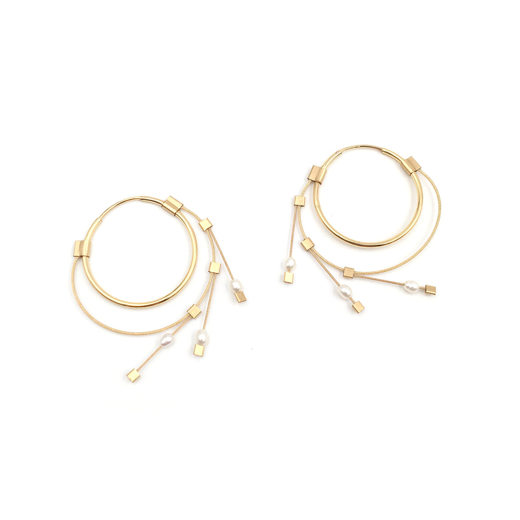 Medium Spring Hoops, Pearl