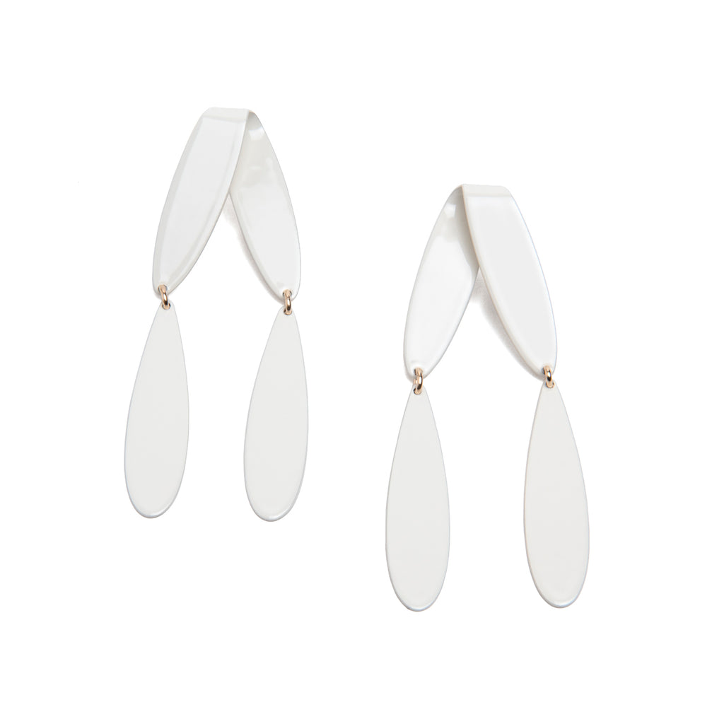 Fold Dangle Drops, Cream