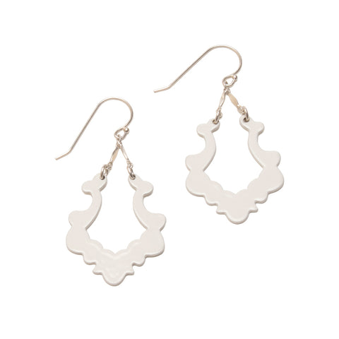 Simple Silhouette Dangles #02, Cream