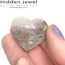 Load image into Gallery viewer, Garden Quartz / Lodolite hearts healing stones