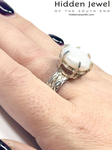 Pearl Crown Ring, Sterling Silver with patterned band Size 8.5