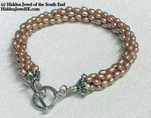 Load image into Gallery viewer, Peach Fresh-water Rice Pearl crocheted bracelet