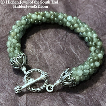 Load image into Gallery viewer, Grade AAA Jade Crocheted Bracelet, Jade from Burma, green crocheted bracelet