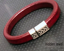 Load image into Gallery viewer, Unisex red Leather bangle Bracelet with push silver clasp , stiff leather