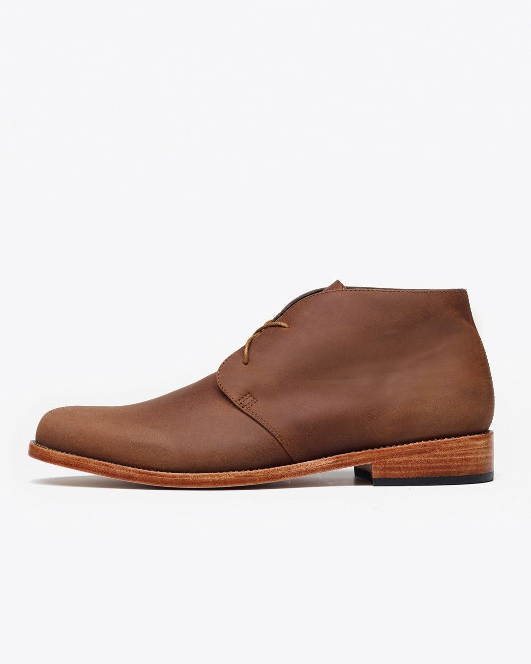 Nisolo Men's Luca Chukka Boot Oak