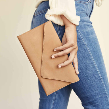 Nisolo - Luisa Clutch Sand