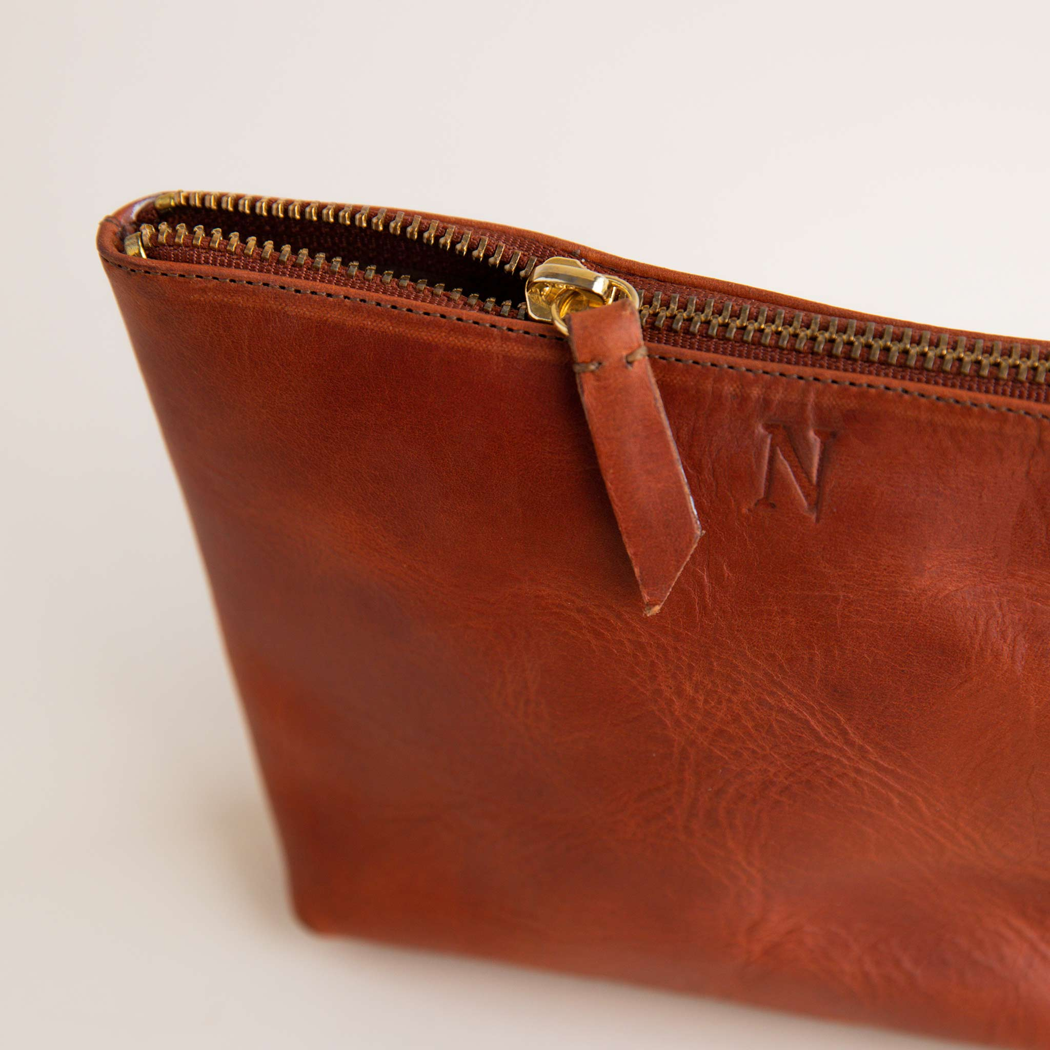 Nisolo - Rosa Pouch Rosewood