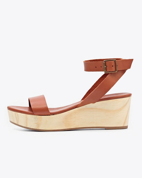 Nisolo Women's Sarita Wooden Wedge Sandal Whiskey | Ethically Handcrafted Shoes