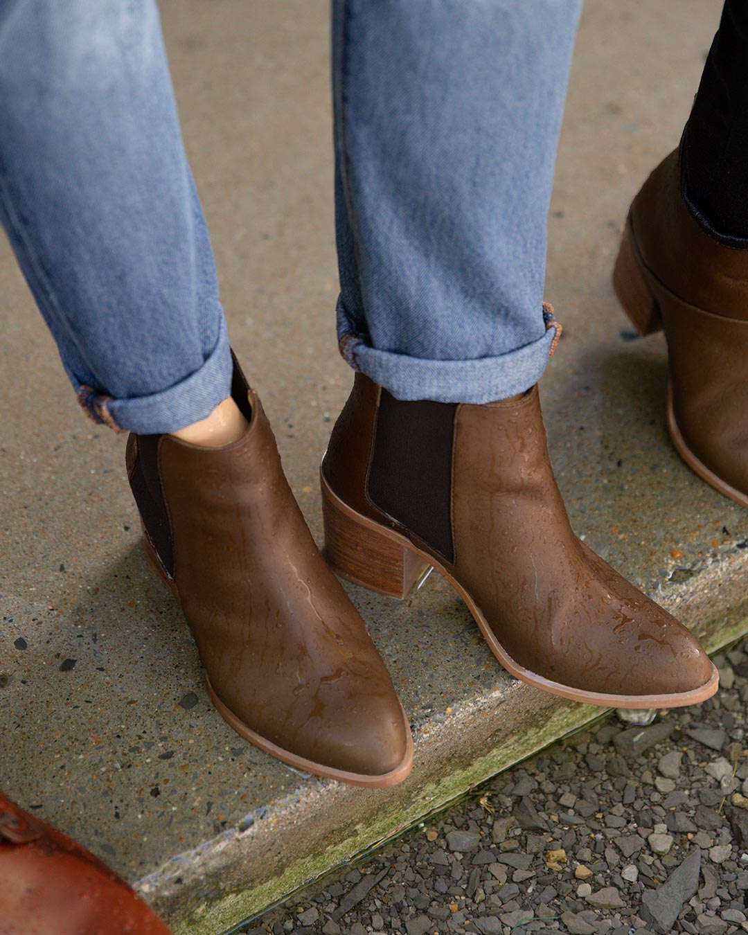 Heeled Chelsea Boot Brown