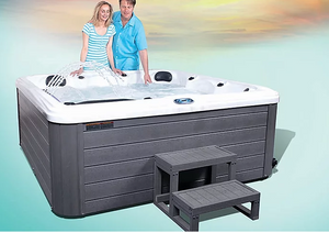 Swanboro Hot Tub - The Swimming Pool Shop