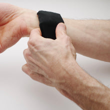 Load image into Gallery viewer, Cooling Cuffs for Wrist Cooling