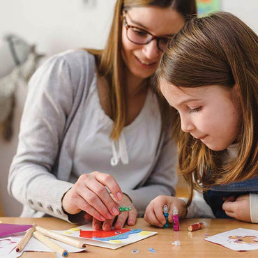 8 Tips for Doing Arts & Crafts With Kids
