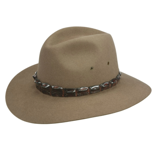 What size Akubra hat?