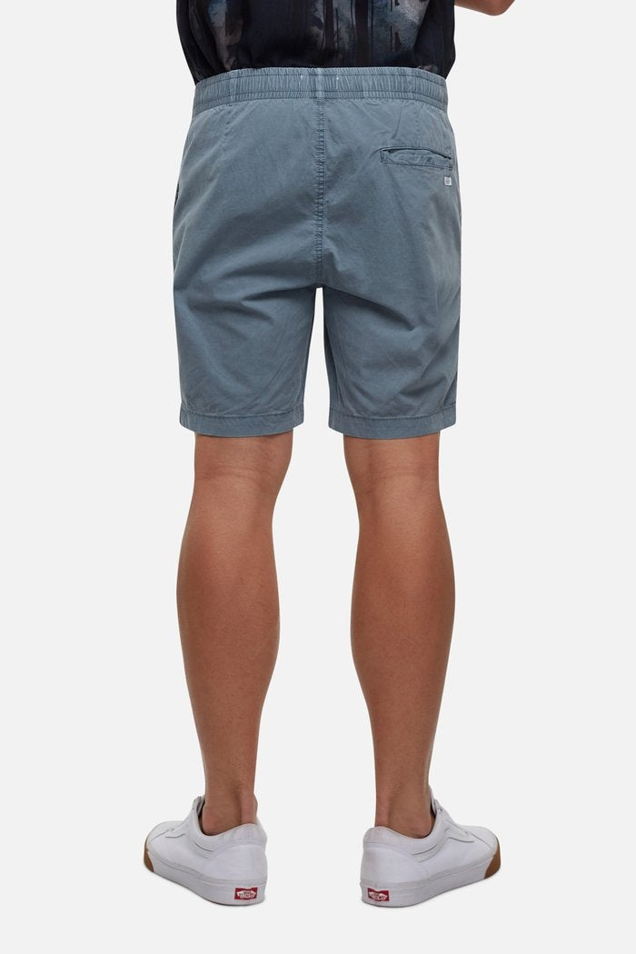 Industrie The Lake Short (4498735923337)