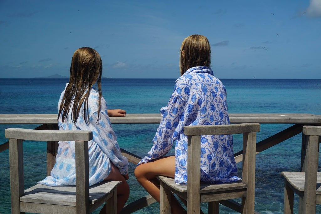 Twin sisters, Mustique