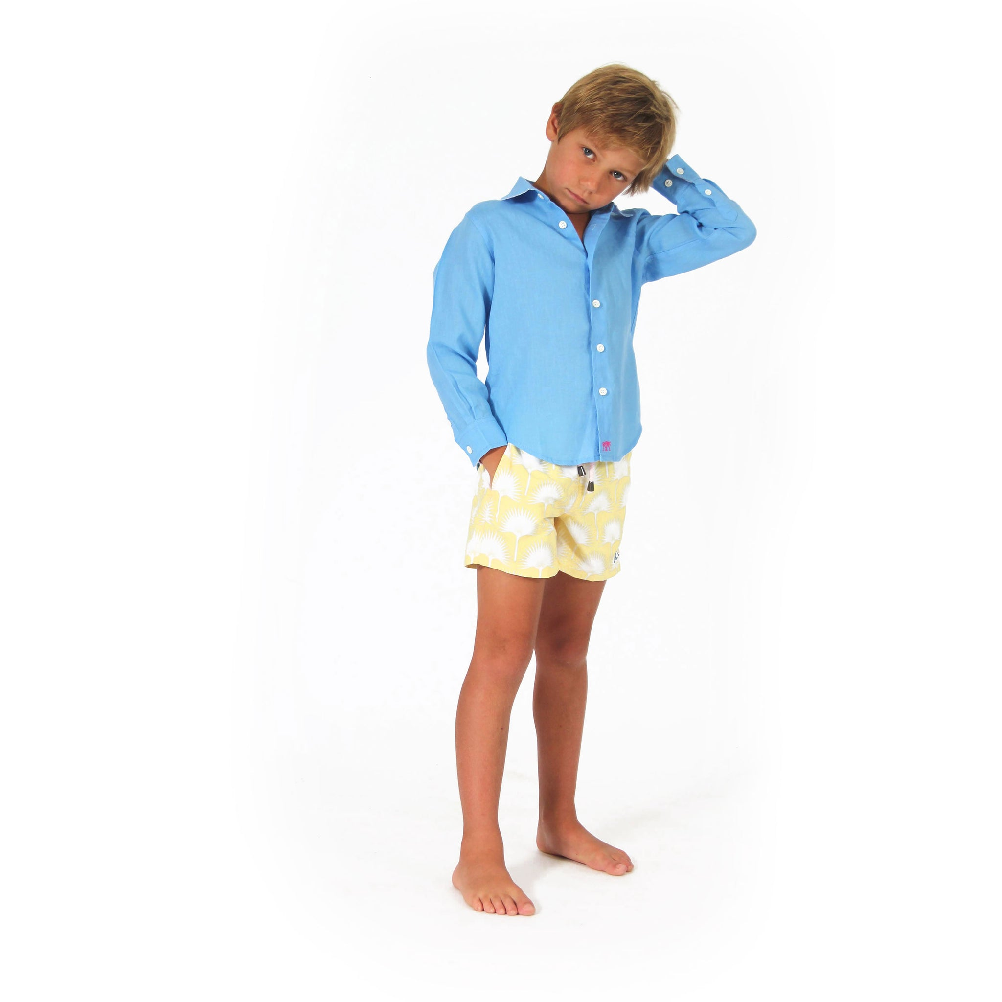 a7c4f5693719a Boys swim trunks : FAN PALM - YELLOW with french blue linen shirt, front