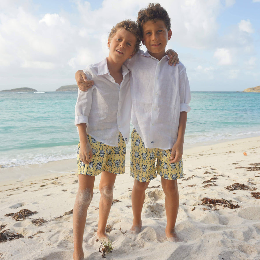 Boys swim trunks: BEETLE - NAVY / YELLOW