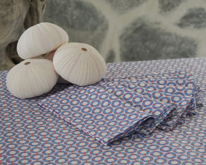 Sea urchin table decorations on spotty fabric tablecloth by Lotty B Mustique