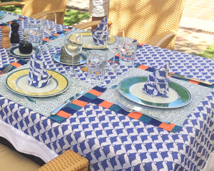 Lotty B Tablecloth & Napkin set: MANTA RAY - NAVY island picnics Mustique