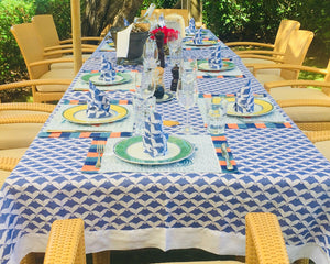 Lotty B Tablecloth & Napkin set: MANTA RAY - NAVY tableware Mustique style