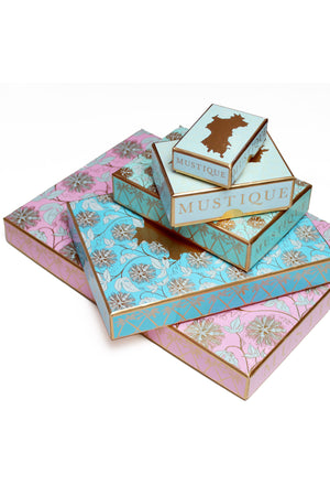 Lotty B Mustique Presentation boxes