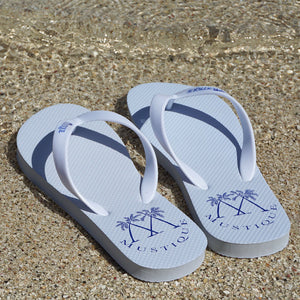 Adult Flip flops: LOGO - WHITE on the beach