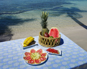 Lotty B Tablecloth & Napkin set: PINEAPPLE - OLIVE - Mustique style