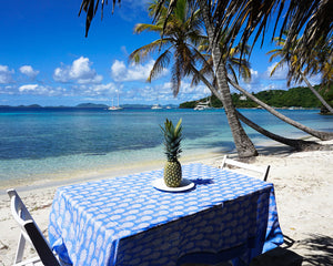 Lotty B Tablecloth & Napkin set: PINEAPPLE - BLUE - Mustique beach style