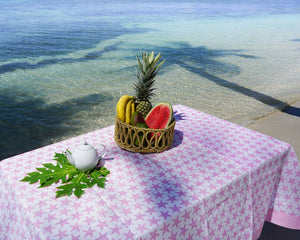 Lotty B Tablecloth & Napkin set: SEASTAR - PINK - Beach style