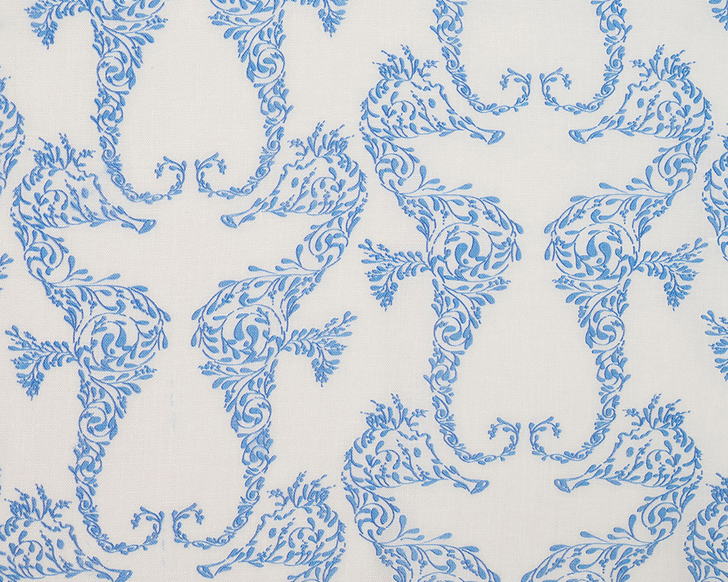 Lotty B Tablecloth & Napkin set: SEAHORSE - BLUE swatch