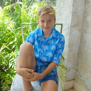 Childrens Linen Shirt: FAN PALM PALE BLUE / MID BLUE, life on Mustique