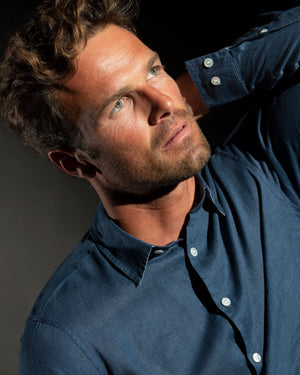 Mens Linen Shirt: ENSIGN BLUE