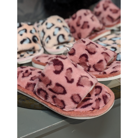 Medium Pink Leopard Slippers