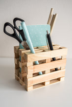 Load image into Gallery viewer, Wood miniature pallet desk organize